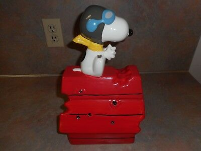 Peanuts Snoopy Red Baron Wwii Flying Ace Doghouse Cookie Jar