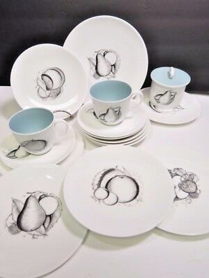 17 Pieces susie cooper black fruits English Bone Chine Cups Saucers Plates Sugar