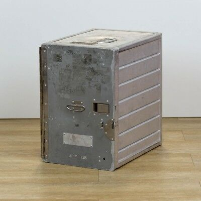 Original Flugzeugtrolley Box, Standard Unit von versch. Airlines