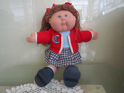 """2004 Cabbage Patch Kid Play Along Doll O.A.A. Inc Hong Kong 18"""" red & blue"""