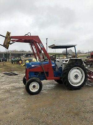Ford 4000 Diesel Tractor With Loader - Factory Power Steering- Remote Hydraulic
