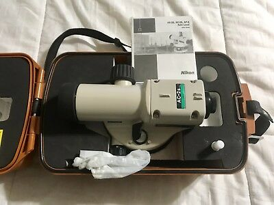 NIKON AC-2s Automatic 360 Degree 24 X Level Lightweight Telescope  *BARELY USED*
