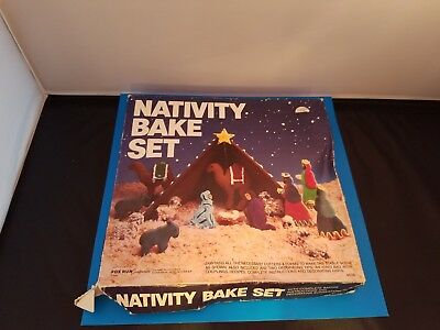 Nativity Bake Set 4536 Cookie Cutters by Fox Run Gingerbread Recipe Instructions