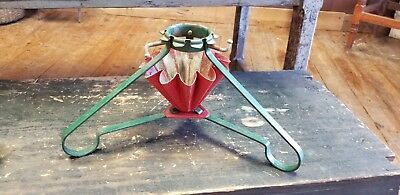 """Vintage Metal Christmas Tree Stand Holder Red & Green 17"""" x 17"""""""