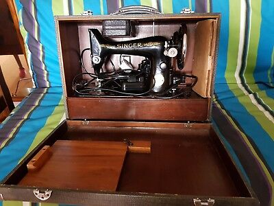 Vintage Singer Electric Sewing Machine &  Accessories, cable/ foot control &Case