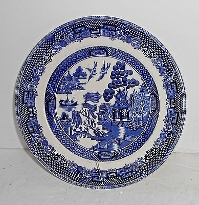 2 ENGLAND Johnson Brothers Blue Willow 6.25 inch Bread & Butter Plates