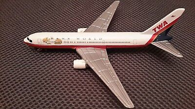 Trans World Twa Airlines Diecast Model By Ertl White Air Plane