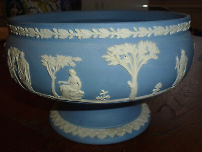 Coupe En Porcelaine Biscuit Anglaise Wedgwood