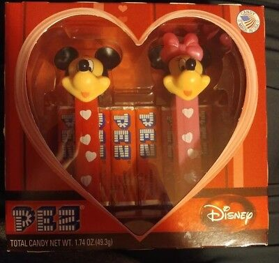 PEZ Disney Mickey and Minnie Mouse Hearts Collector Set NEW