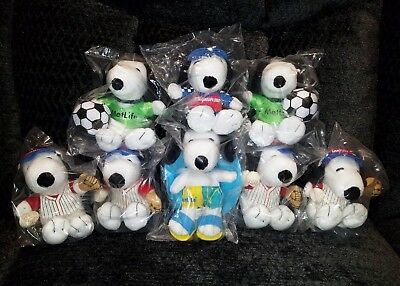 Lot of 8 MetLife Snoopy Plush Animal: Baseball, Soccer, Race Car, Swimmer NIB