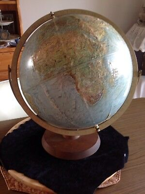 Old Readers digest World Globe