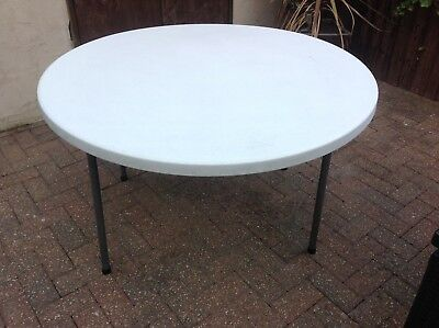3 x White Round Plastic Conference Tables