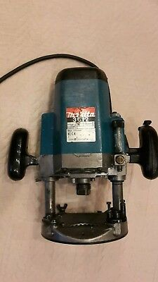 Makita 3612 Router  240v in Good Working Order Everything works how it should.