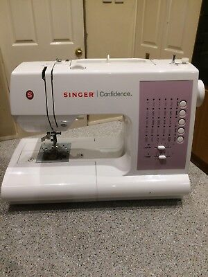Singer Confidence 7463 Computerised Sewing Machine Good Condition