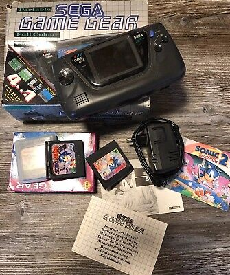 Sega Game Gear + 4 Spiele - Dolphins - Sonic The Hedgehog 1+2  Sonic Chaos -