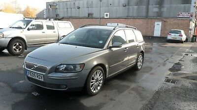 Volvo V50  2Oo5 Spears Or Repairs Starts And Drives