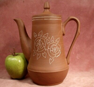 VINTAGE CHINESE YIXING BROWN POTTERY TEA POT hand etched thrown pottery TEAPOT