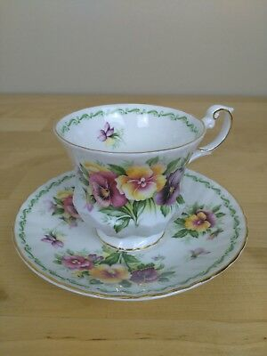 Tea cup and saucer estd 1875 Queens fine bone China made in England