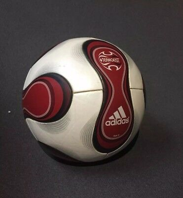 Adidas Roter Teamgeist OMB Matchball