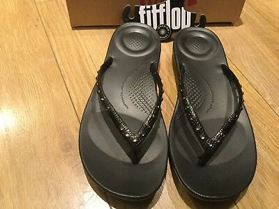 3d3f1f298e4774 LADIES FITFLOP IQUSHION Ergonomic Flip Flops Crystal Black Size 6 ...