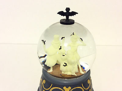 Disney Parks Haunted Mansion Hitchhiking Ghosts Musical Snow Globe Glows NEW..