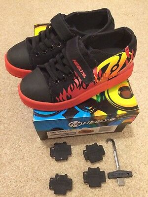 Heelys Spiffy Flames Black Red Size 1 Excellent Condition