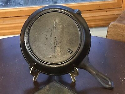 Antique Cast Iron Skillet #8 Gate Marked Heat Ring 1800's Double Spout Marked 1
