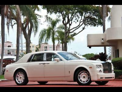 2004 Rolls-Royce Phantom  04 ROLLS PHANTOM WHITE ONLY 28K MILES  MOCCASIN HIDES DVD SERVICED NEW TIRES