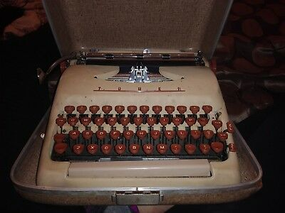 Vintage tower president typewriter in case
