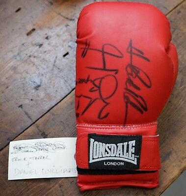 Boxing Signed Glove From Lennie Lee Shannon Ernie Terrell Vs Danny Williams
