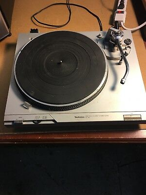 Technics Model Sl-D2 Direct Drive Automatic Turntable Record Player