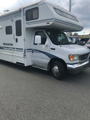 2003 Winnebago Minnie ,excellent In And Out, Only 5K Miles