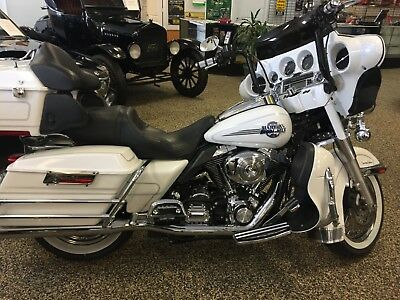 2006 Harley-Davidson Touring  2006 harley-davidson electra glide ultra classic