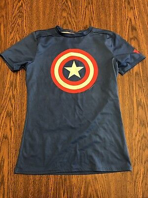 Under Armour YL Marvel captain america short sleeve heatgear fitted shirt Euc