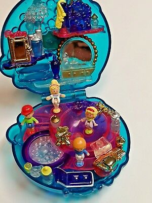 Vintage Polly Pocket Bubbly Bath Sparkle Surprise With 4 Figures 1996