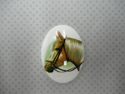 Cream Horses on Brown Cameos 25X18mm Resin Cabochons Mother /& Baby Western Qty 6