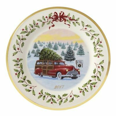Lenox 2017 Annual Christmas Plate Red Station Wagon Woody Truck Tree NWT NO BOX