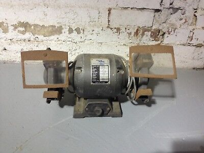 Heavy duty bench grinder👌 In Good Working Condition