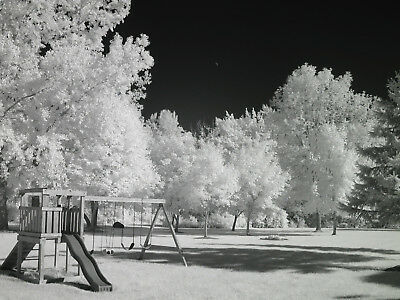 Canon ELPH 180 (IXUS 175) 830nm IR Black and White DEEP CONTRAST conveted camera