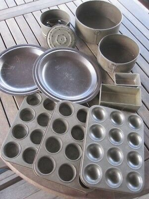 10 used old school variety tin baking cook ware, 2 Teflon non-stick NO RESERVE