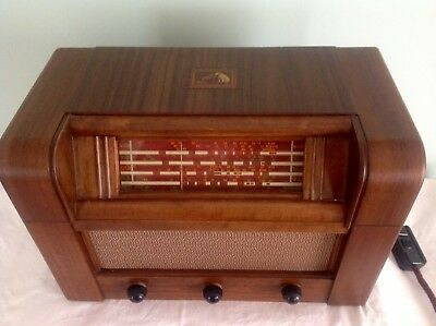 HMV Timber Radio Model 537 in Excellent Condition For Age