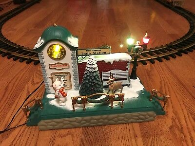 Musical Clock Tower Station Dillard's 383-10 The Holiday Express Train Bright