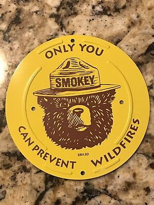 Vintage Smokey Bear Prevent Wildfires Forest Hunting Fishing Metal Sign~Nice