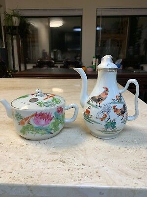 antique chinese porcelain Two teapot Qing China Asian