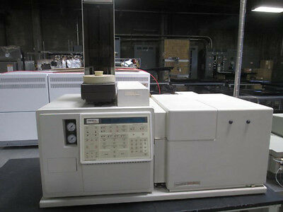 Varian Saturn GC MS 3400 Gas Chromatograph and Mass Spectrometer with Autosample