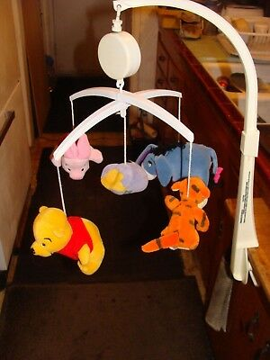 Disney Classic Winnie The Pooh Baby Musical Nursery Crib Or Wall Mount Mobile