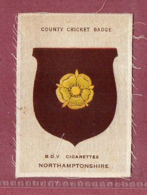 Silk cigarette cards 1921 County Cricket Club Badge Northamptonshire  #628