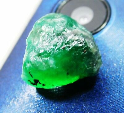 100 % NATURAL 14.30 Cts Untreated EARTH MINED Colombian Loose Emerald ROUGH w