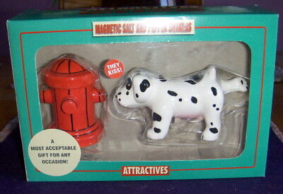 Attractives Magnetic Salt and Pepper Shakers Item 8168 NIB
