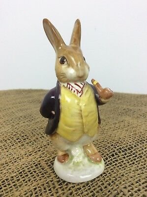 BESWICK BEATRIX POTTER MR BENJAMIN BUNNY Maroon Jacket Pipe Out Gold Oval Mister